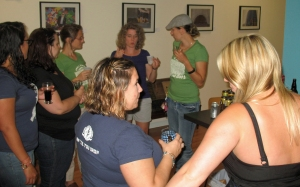 Participants at a recent Girls Pint Out event in Hartford. Photo by Will Siss