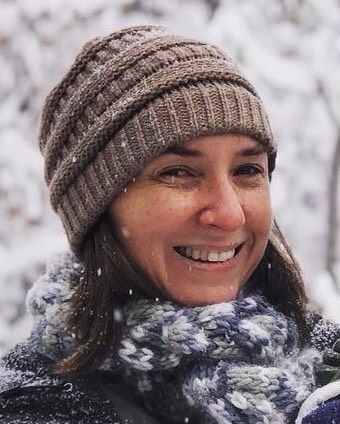 Clare Goggin Sivits hedshot